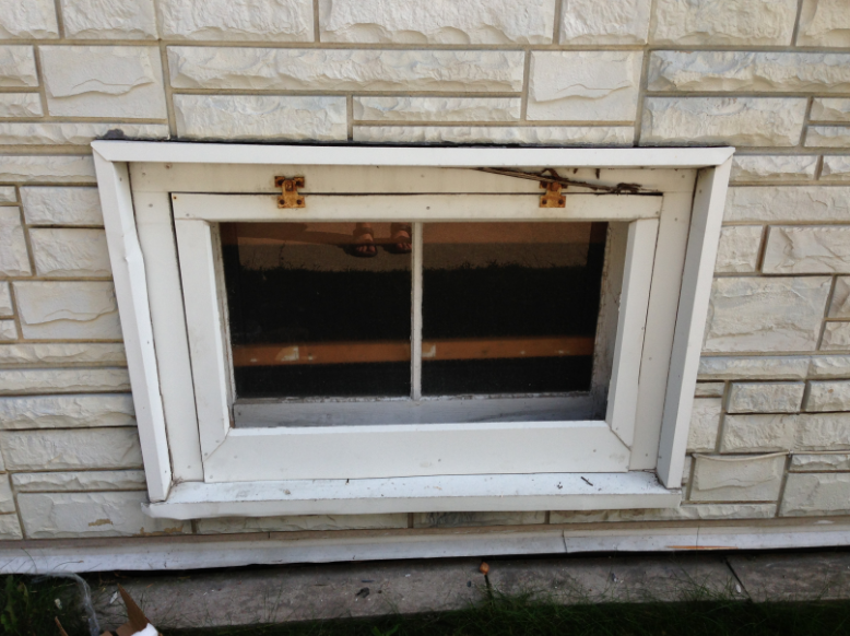 Basement windows installation plainfield il window for Window replacement contractor